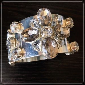 Jewelry - Polished Silver Cuff with Raised Crystal Stones 💎